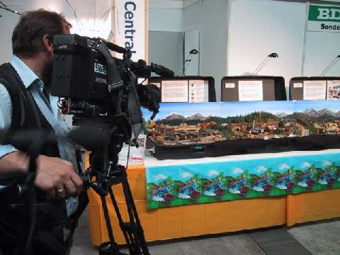 Regional TV network 3 shoot scenes of the VEC for future show